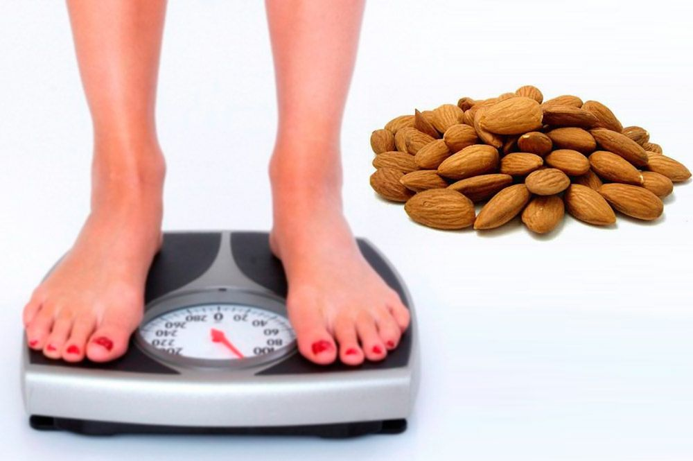 Eat a Handful of Almonds for Weight Loss