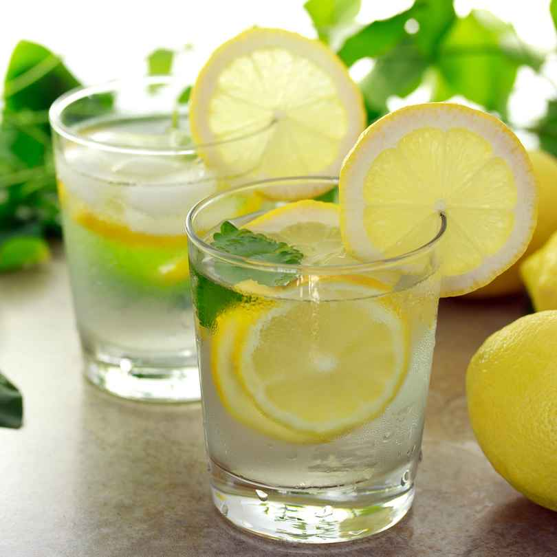 health-benefits of drinking lemon water