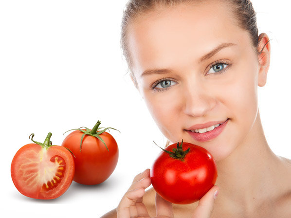 Why Tomatoes are Good for Glowing Skin and Fairness
